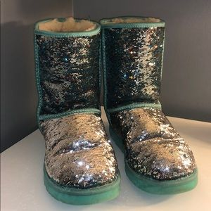 UGG y'all reversible sequence boots